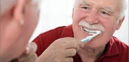 اضطرابات الفم والأسنان أمر شائع بين كبار السن